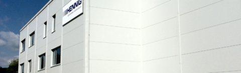 Střešní a stěnové sendvičové panely s PUR, PIR a minerální vlnou